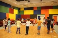 HALK OYUNLARI - Ataşehir'de Yazın Keyfi Bu Okullarda Çıkıyor