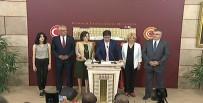 CHP'de Tansiyon Yükseliyor Açıklaması İmza Toplanmaya Başladı
