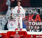 ALTIN MADALYA - Diyarbakırlı Karateci Sena'dan Büyük Başarı