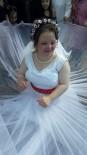 GENÇ KIZ - Down Sendromlu Kıza Damatsız Düğün