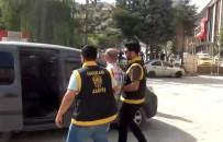 YÜZ YÜZE - Hakkari'de Kendini Emniyet Amiri Olarak Tanıtan Şahıs Tutuklandı