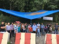 KIDEM TAZMİNATI - İşçiler Maden Şirketinin Önünde Eylem Yaptı