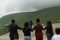 Karadağ'a Yansıyan Atatürk'ün Silüeti Bulut Engeline Takıldı