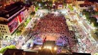 CELAL BAYAR ÜNIVERSITESI - Manisalılar 15 Temmuz'da Yine Meydanı Doldurdu