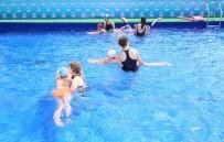 ONLINE - Sultangazili Çocuklar Yazın Tadını Portatif Havuzda Çıkaracak