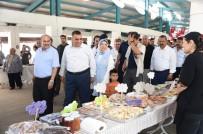 Tarsus'ta 'Hanımeli Pazarı' Açıldı