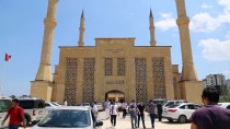 AKDENIZ ÜNIVERSITESI - Turizmin Başkenti Antalya'da 15 Bin Kişilik Cami