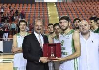 ABDULLAH ÖZER - Turnuvanın Şampiyonu Yeni Mamak