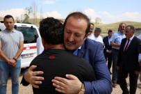 İBRAHIM AKGÜN - Vali Ali Hamza Pehlivan Şehit İdris Karakaşoğlu'nun Ailesini Ziyaret Etti