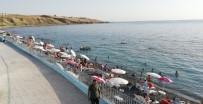CANKURTARAN - Van'ın İlk Ve Tek Mavi Bayraklı Plajına Yoğun İlgi