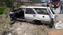 Denizli'de Otomobil Takla Attı Açıklaması 3 Yaralı