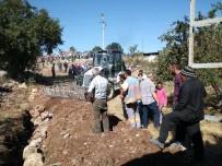 KARAHAYıT - Denizli'de Vatandaşların Su Eylemi