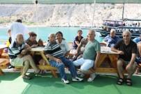 HASAN TOPÇU - Emekliler Akdeniz'i Yeniden Keşfetti