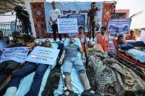 PROTESTO - Gazzeli Hastalar İsrail'i Protesto Etti