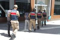 UYUŞTURUCU - Hassas Terazili Uyuşturucu Taciri 2 Şüpheli Tutuklandı