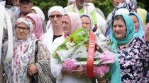BOŞNAK - Kurşuna Dizilen Srebrenitsalılar Anıldı