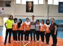 ŞAMPIYON - Muratpaşa'nın Desteğiyle Şampiyonluğa Yürüyorlar.