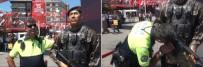 ANMA ETKİNLİĞİ - Taksim Meydanında Duygulandıran Anlar