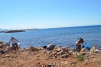 ÇEVRE TEMİZLİĞİ - Yabancılar Kıyı Temizliğine Dikkat Çekti