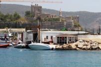 KAÇAK MÜLTECİ - 15 Kişilik Tekneden 54 Mülteci Çıktı