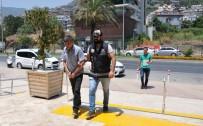 MUHALEFET - Alanya'da Aranan Şüpheli Yakalandı