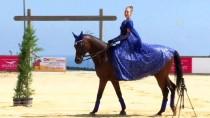 'Atlara Bir Kere Dokununca Bir Daha Kopamazsınız'