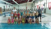 YÜZME HAVUZU - Ayvacık Belediye Başkanlığı Yüzme Kursları Başladı