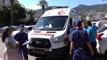 Boğulma Tehlikesi Geçiren Çocuk Plajdaki Doktorun Müdahalesiyle Yaşama Döndü