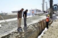 Kulp'ta Yağmursuyu Ve Kanalizasyon Şebeke Çalışmaları Sürüyor