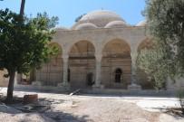 MUSTAFA ÖZTÜRK - Laal Paşa Camii'nde Restorasyon Durdu