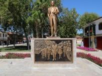 ÇINAR AĞACI - Manavgat Belediyesi'nden Side'ye Rölyefli Atatürk Anıtı