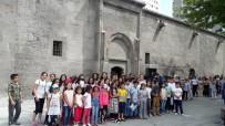 ÇOCUK MECLİSİ - Melikgazi Belediyesi Çocuk Meclisi Yaz Kursu Öğrencileri Selçuklu Müzesini Gezdi