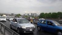 ŞIRINEVLER - (Özel) E-5'Te Yağmur Zincirleme Kaza Getirdi