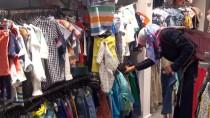 YETİM ÇOCUK - Suriyeli Yetimlere Kıyafet Yardımı