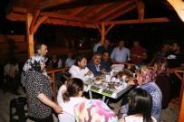Başkan Özgüven, Yeni Yapılan Parkta Vatandaşla Bir Araya Geldi