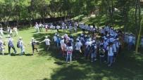 EĞİTİM MERKEZİ - Çocuklar Yaz Kampıyla Eğleniyor