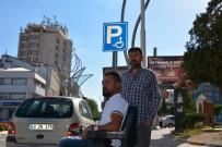 PARA CEZASI - Dernek Önüne Park Eden Sürücüler Engellileri İsyan Ettirdi