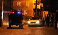 ŞÜPHELİ ARAÇ - Diyarbakır'da 300 Polisle Asayiş Uygulaması