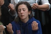 ÇEŞTEPE - Feci Kazada Ölen Baba Ve İkiz Çocukları Toprağa Verildi