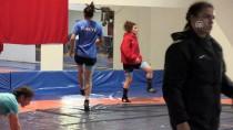 AVRUPA ŞAMPIYONASı - Genç Kadınlar Güreş Milli Takımı'nın Yalova Kampı