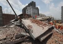 YENI DELHI - Hindistan'da Çöken Binada Ölü Sayısı 9'A Yükseldi
