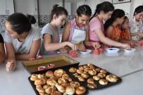 ÇALIŞAN ÇOCUKLAR - Kocasinan'da Minik Aşçılar Yetişiyor