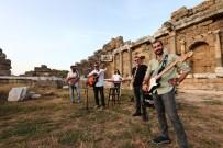 MANAVGAT IRMAĞI - Manavgat'ta Özgür Şarkılar'a Klip