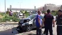 ÖMER HALİSDEMİR - Niğde'de Trafik Kazası Açıklaması 1 Ölü, 3 Yaralı
