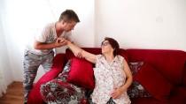 KALP YETMEZLİĞİ - Pilotluk Hayallerinden Vazgeçip, Kendisini Annesine Adadı