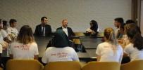 YUNUS EMRE - Rektör Çufalı, TÖMER Yaz Okulu Öğrencileriyle Kahvaltıda Buluştu