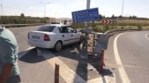 Şanlıurfa'da Otomobil Bariyere Çarptı Açıklaması 7 Yaralı
