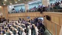 Ürdün'de Mecliste İntihar Girişimi