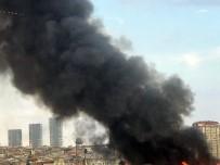 GÜVENLİK ÖNLEMİ - Zeytinburnu'nda Eski Tekstil Atölyesinde Korkutan Yangın