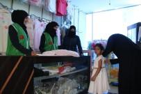 Zeytin Dalı Harekatı - Afrinli Ailelerin Kıyafetleri Türkiye'den